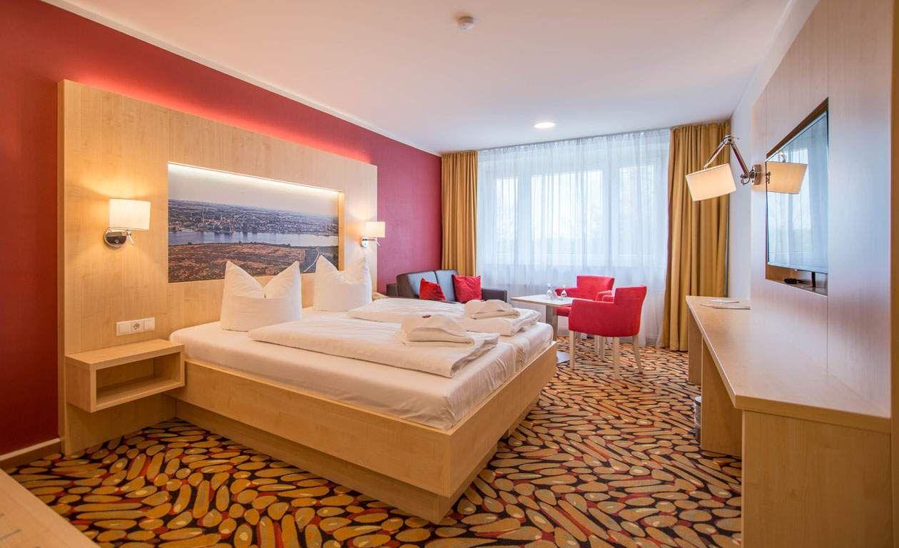 hotelgutschein st dtereise in die hansestadt rostock. Black Bedroom Furniture Sets. Home Design Ideas