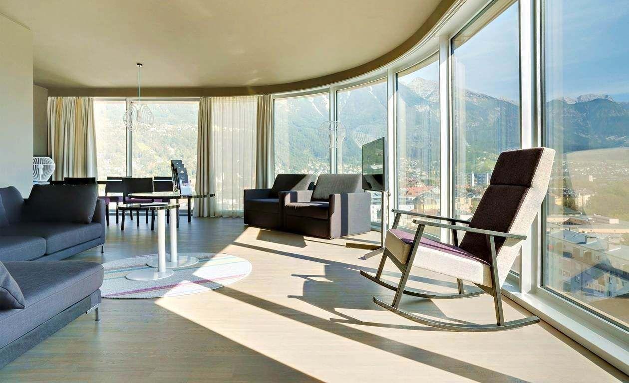 Hotelzimmer im hotel in innsbruck mit alpenpanorama und spa for Designhotel mit kindern