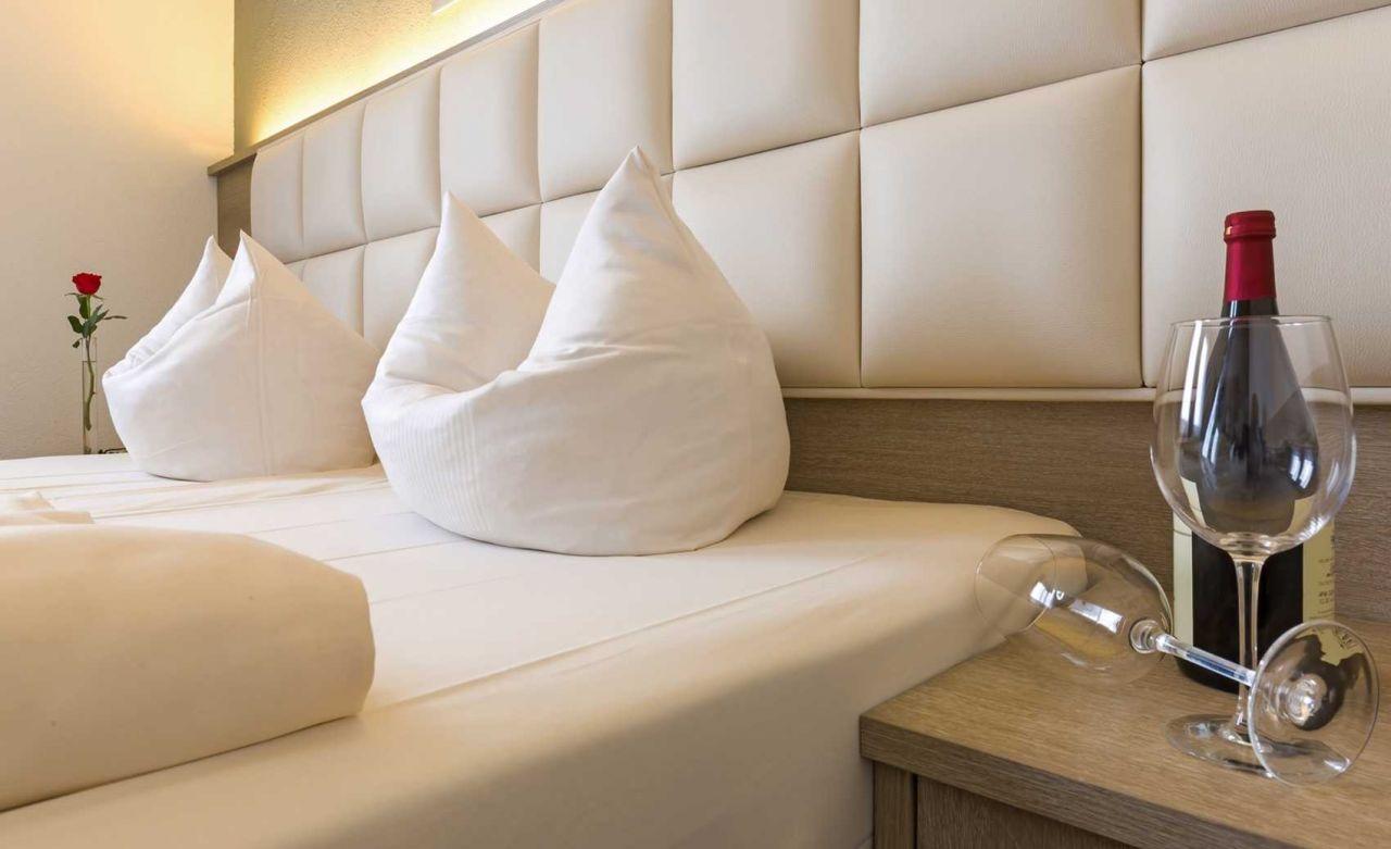 hotelgutschein f r eine st dtereise nach wiesbaden. Black Bedroom Furniture Sets. Home Design Ideas