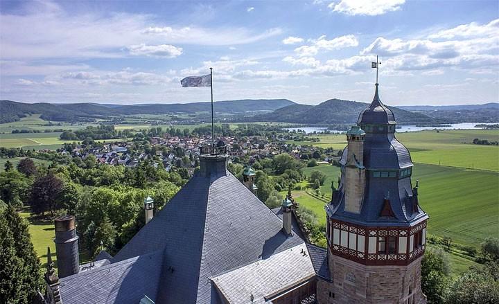 Urlaub im Schloss Hotel mit herrlichen Ausblick auf den Werratalsee