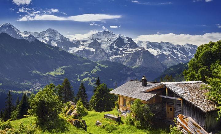 Luxus trifft Alpen Ambiente - Wellnessurlaub im Bergpanorama