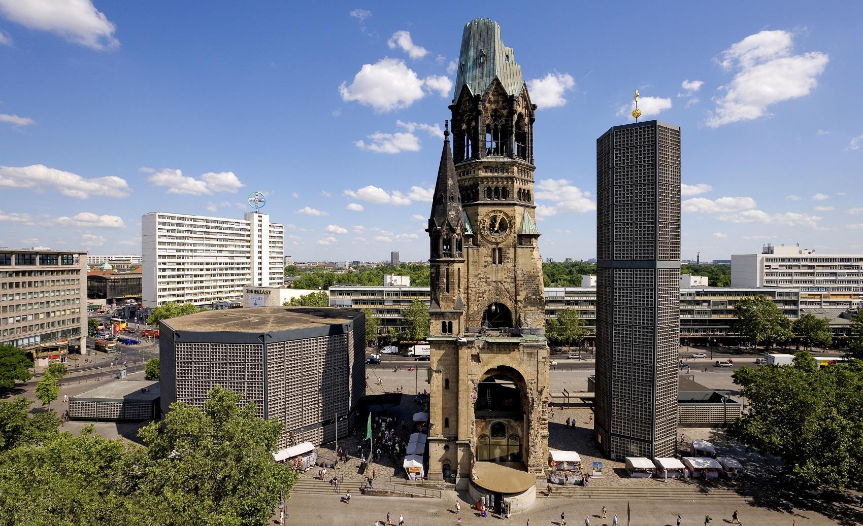 Gedächniskirche am Kudamm in Berlin