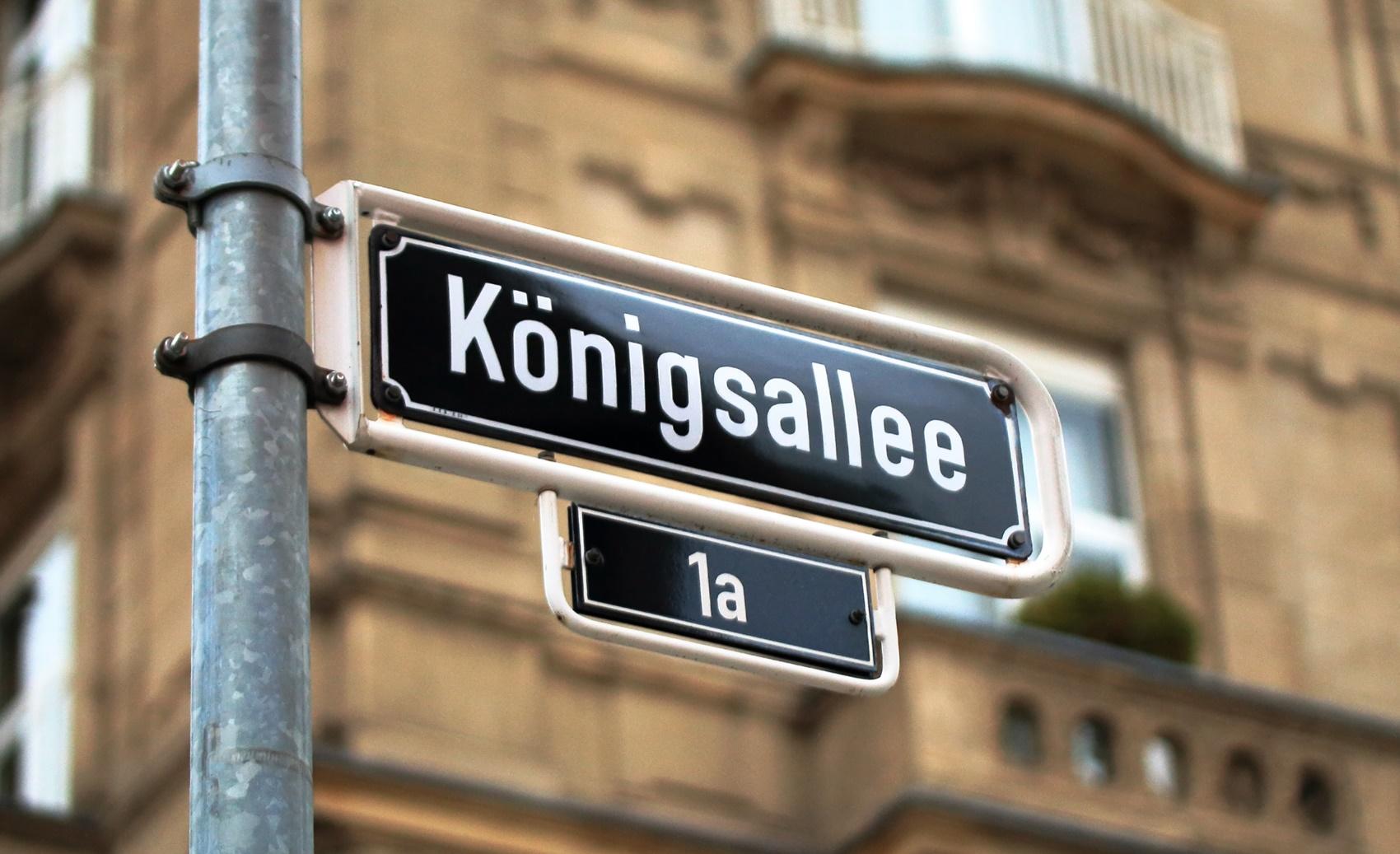 Knigsallee Strassenschild in Dsseldorf