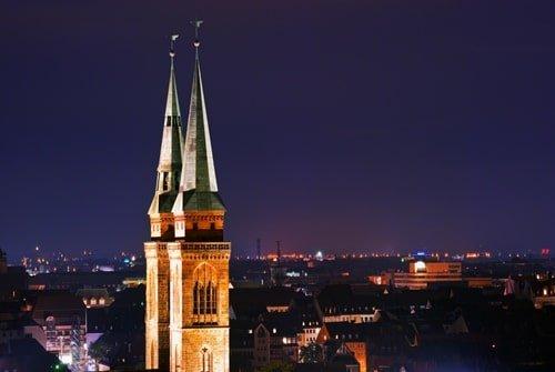 Sebalduskirche Nürnberg bei Nacht