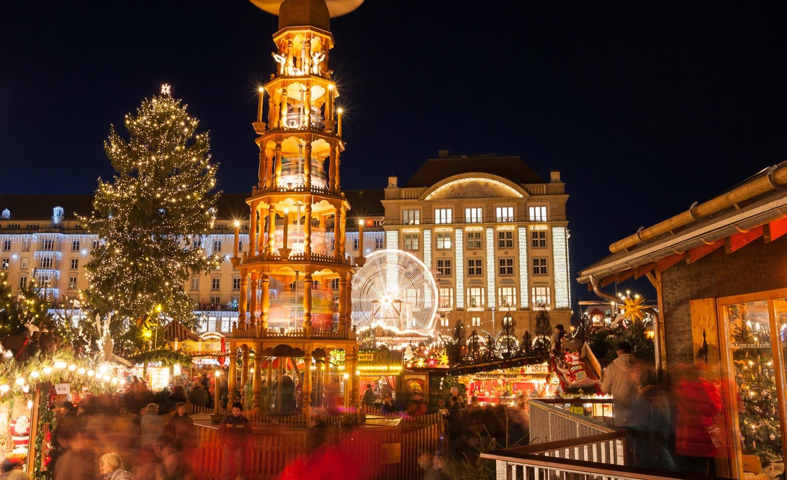Weihnachtsmarkt In Dresden.Weihnachtsmarkt Dresden 2018 Striezelmarkt Co öffnungszeiten