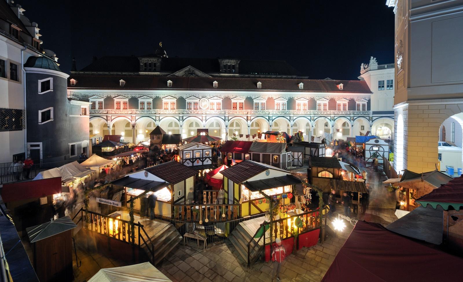 Mittelalterweihnachtsmarkt im Stallhof Dresden