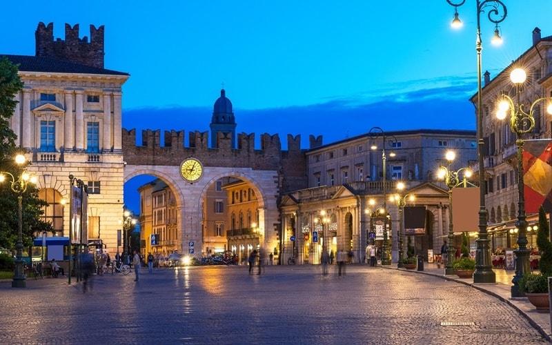 Piazza-dei-Signori