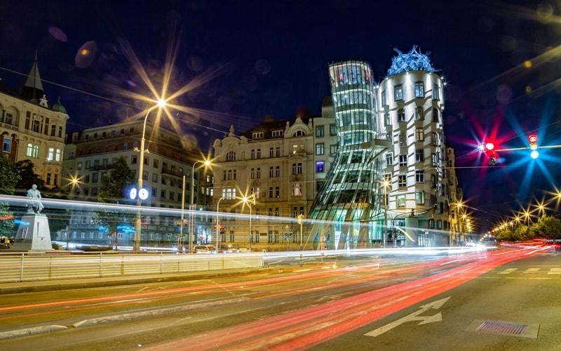 Prag Sehenswürdigkeiten Tanzendes Haus