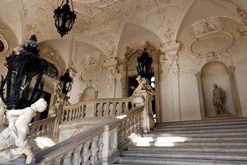 Schloss Belvedere Aufgang