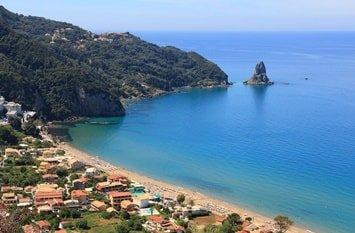 Agios Gordios Strand
