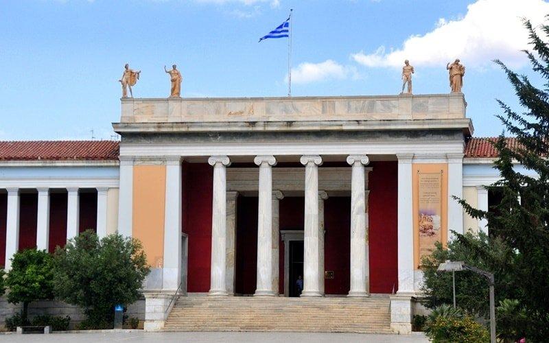 Archäologisches-Nationalmuseum-in-Athen