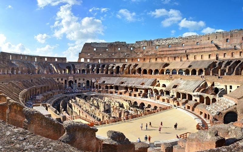 Innenansicht Kolosseum Rom