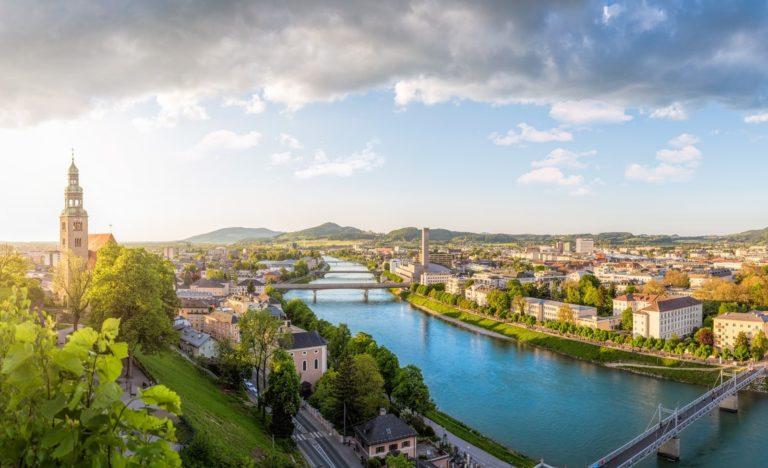 Stadtansicht aus Österreich