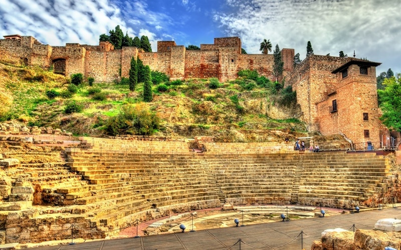 Alcazaba-und-römisches-Theater-in-Málaga