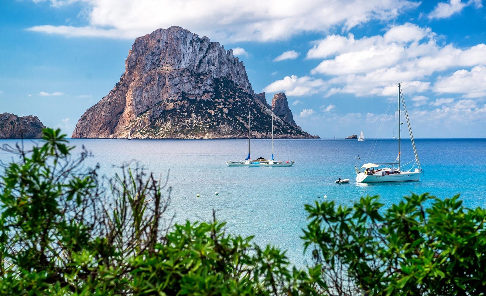 Insel vor der Küste Ibizas