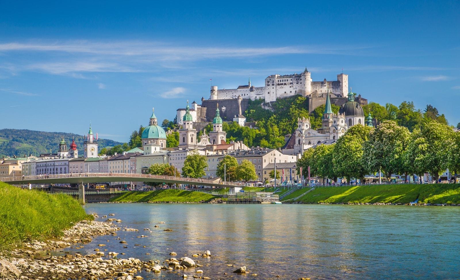 Festung über der Stadt Salzburg