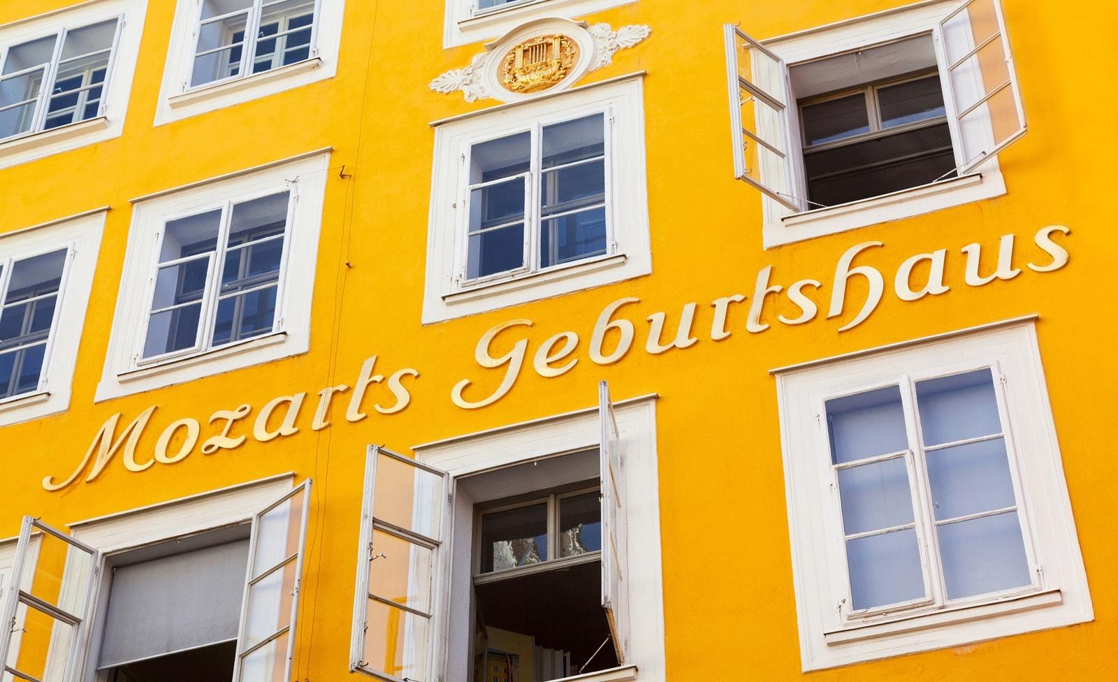 Mozart Geburtshaus in der Getreidegasse 9
