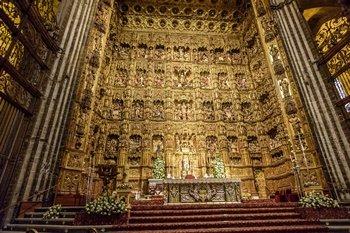 sevilla kathedrale klein innen