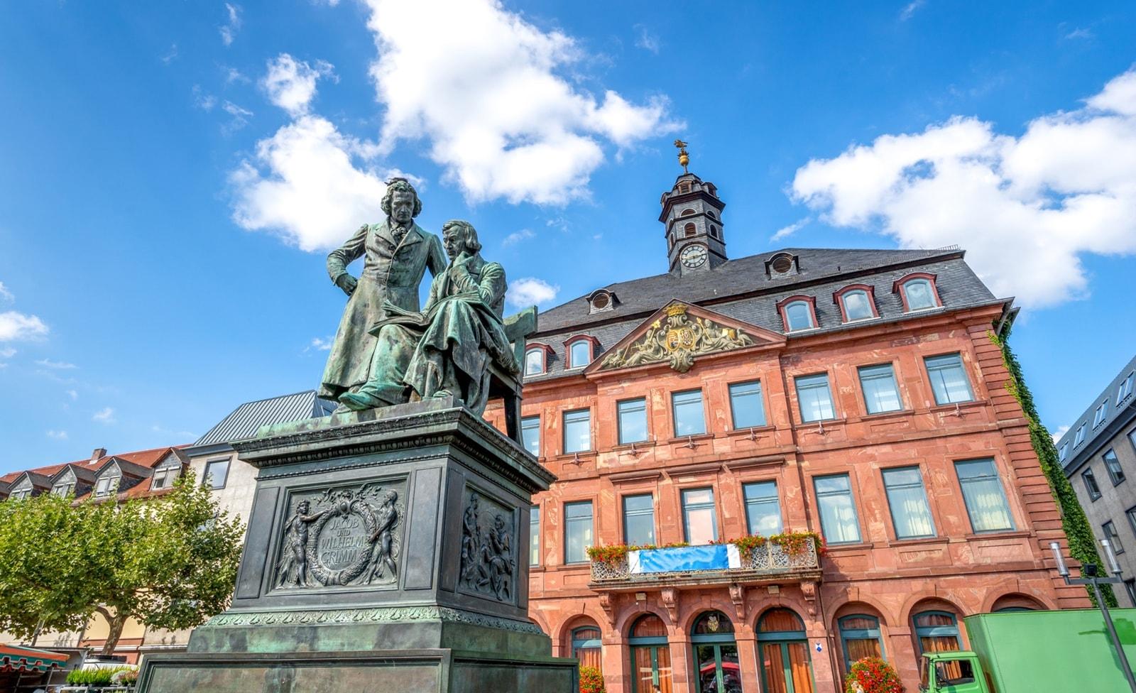 Gebrüder Grimm Denkmal in Hanau