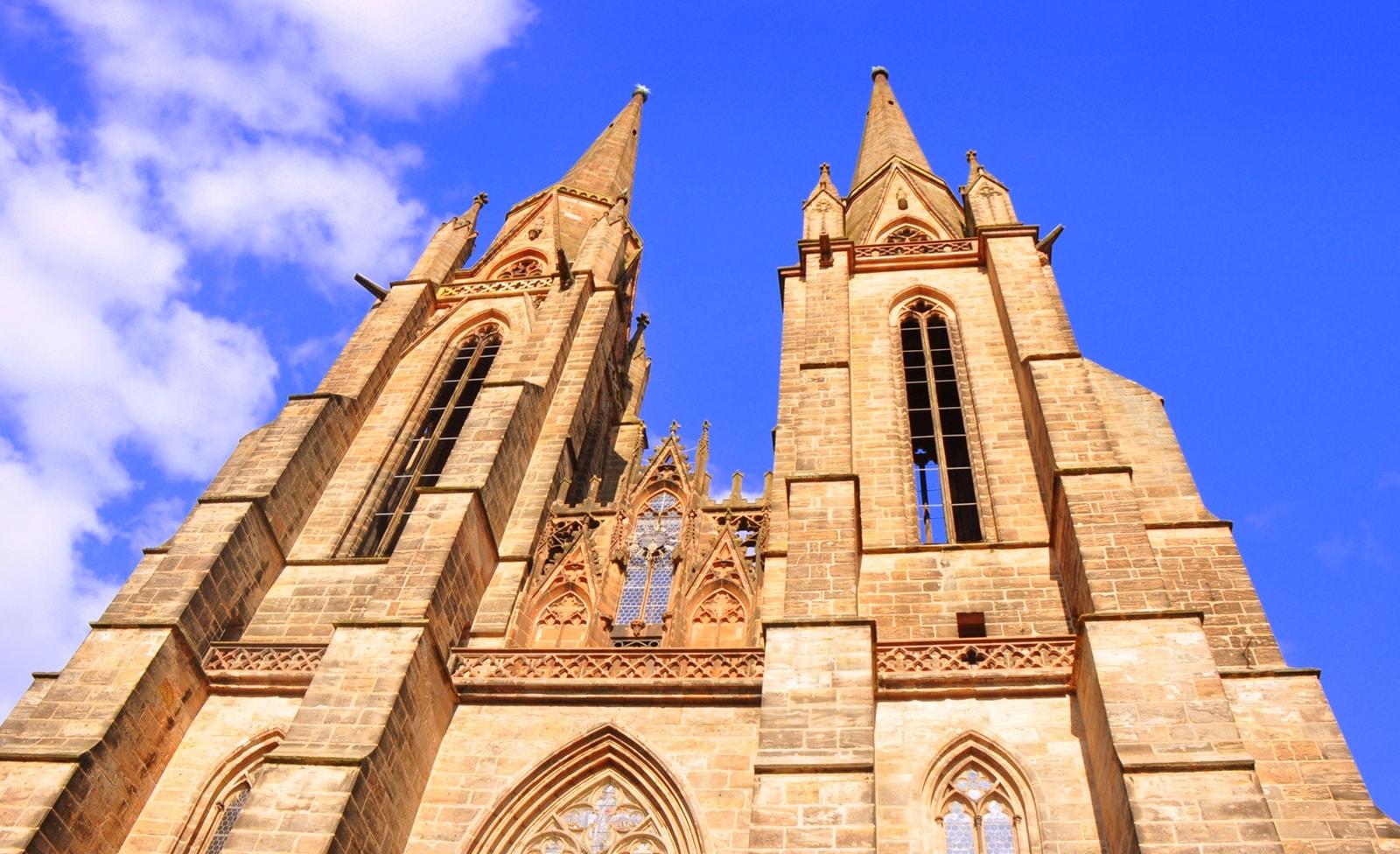 Außenansicht Elisabthkirche Marburg