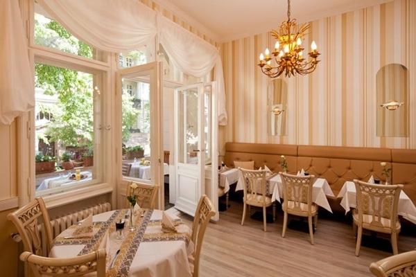 Hotels mit Whirlpool im Zimmer Hotel Augusta am Kurfürstendamm