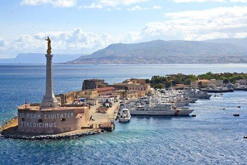 Messina Hafen