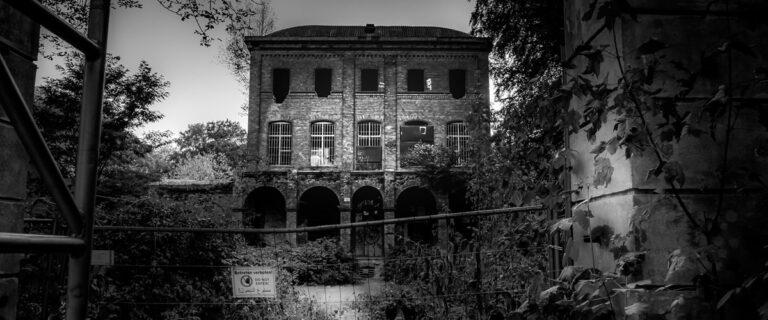 Die leerstehende Villa Oppenheim, einer der Lost Places in NRW
