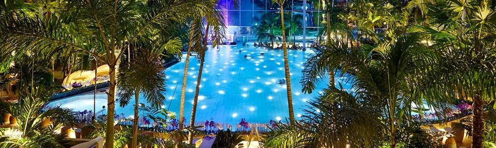 Therme Euskirchen Palmenparadies bei Nacht