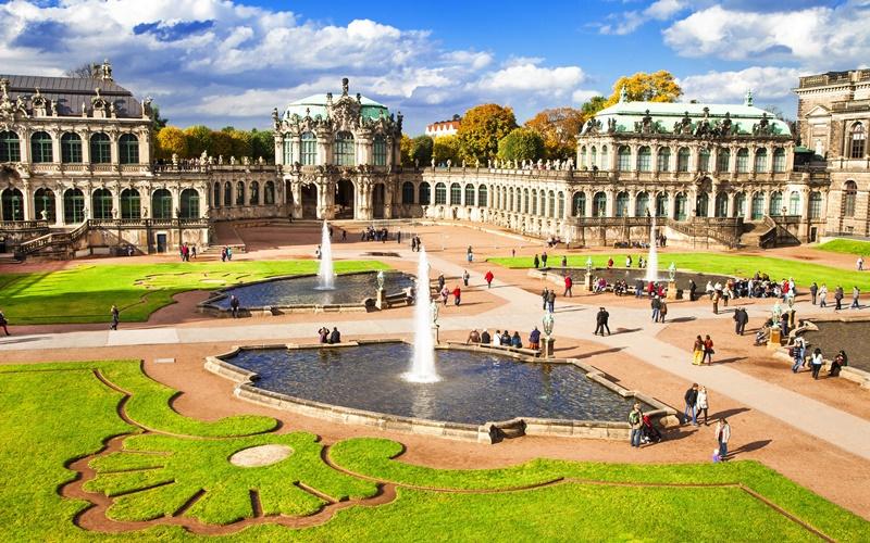 Dresden Sehenswürdigkeiten Zwinger Dresden