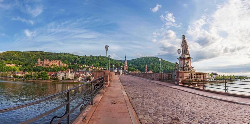 Heidelberg Sehenswürdigkeiten Brücke neckar