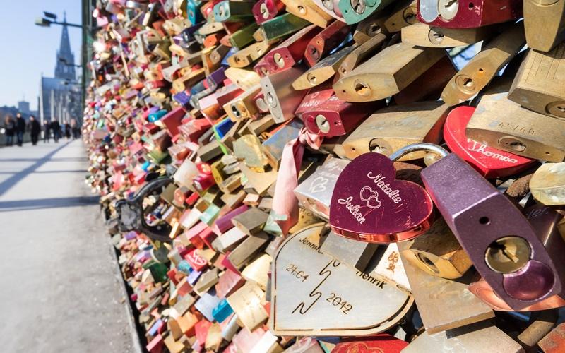 Köln Brücke Sehenswürdigkeiten Liebe