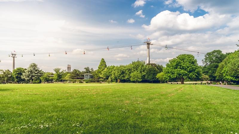 Köln Deutz Sehenswürdigkeiten Rheinpark Köln Seilbahn