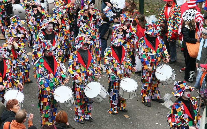 Köln Sehenswürdigkeiten Altstadt Karneval