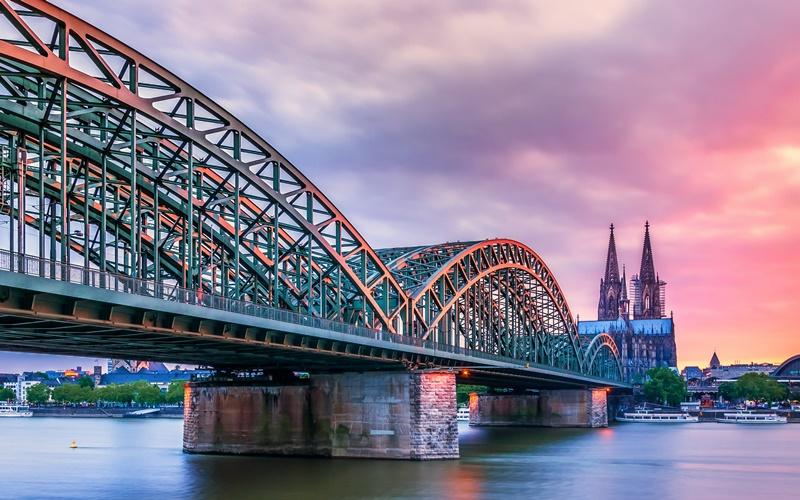 Köln Sehenswürdigkeiten Brücke