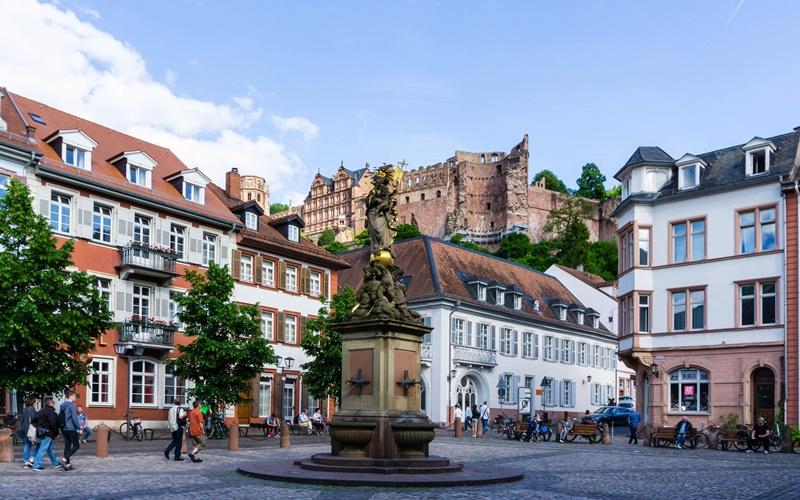 Kornmarkt Heidelberg Markt Altstadt Sehenswürdigkeiten