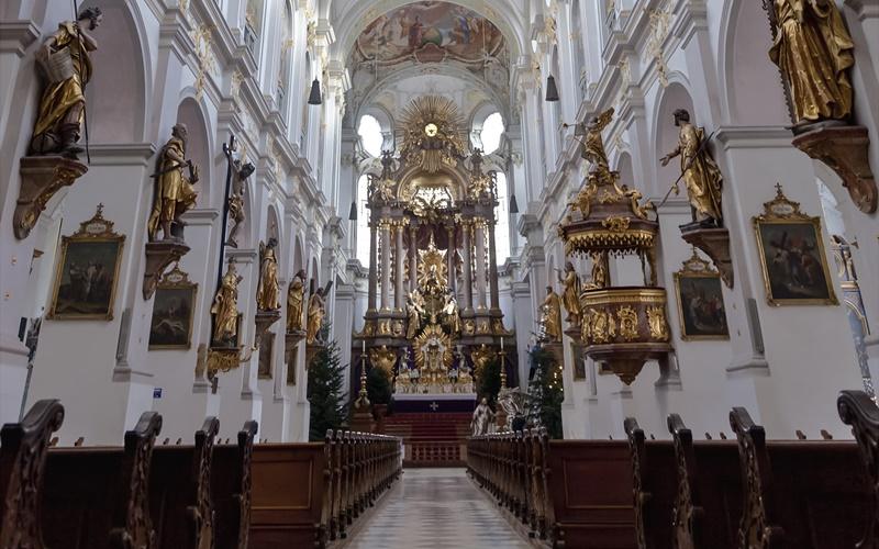 München Sehenswürdigkeiten Top 10 St. Peter innen
