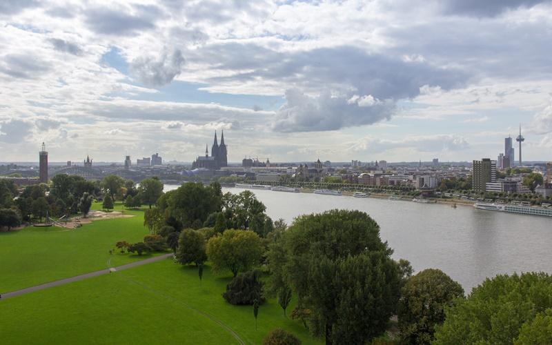 Rheinpark Köln und Umgebung Sehenswürdigkeiten