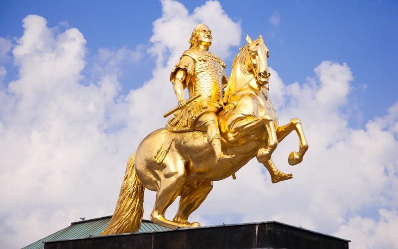 Sehenswürdigkeiten um Dresden Goldener Reiter
