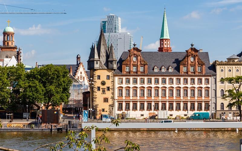 Flugankunft Frankfurt Main