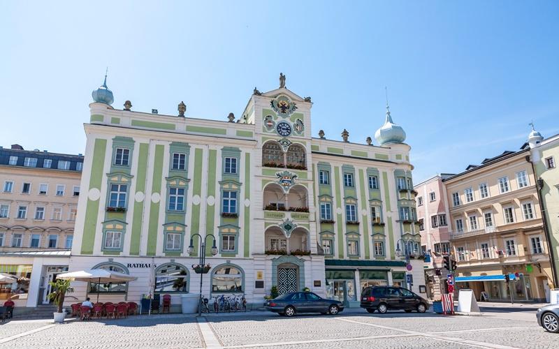 österreich schöne städte gmunden rathaus