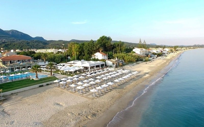 Achavari Beach Hotel