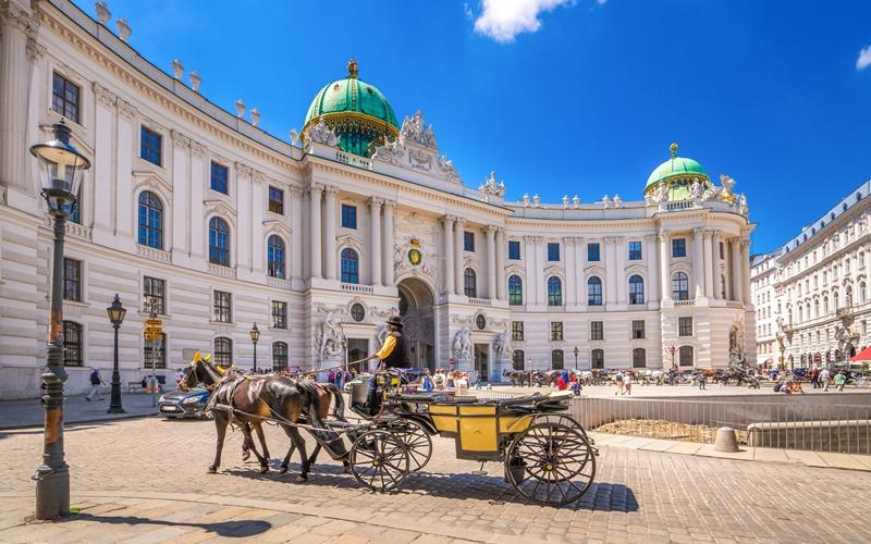 schönste städte österreichs wien fiaker