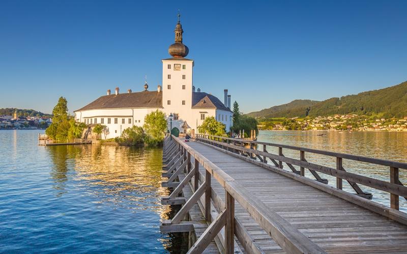 schloss ort gmunden österreich schöner ort