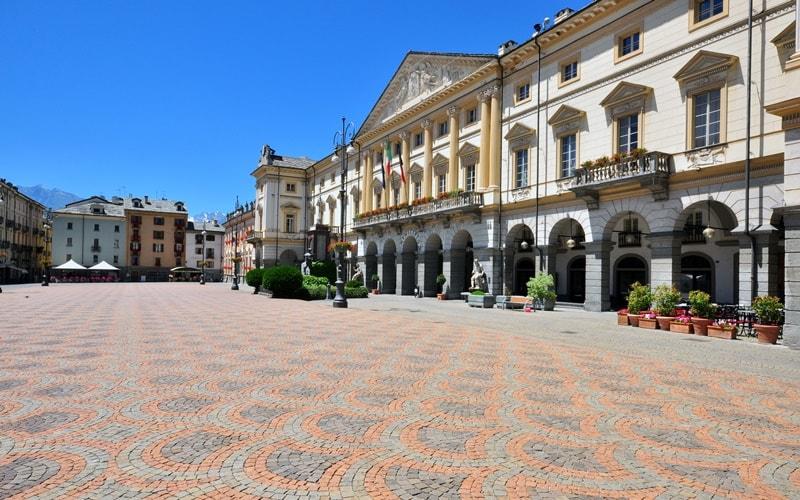 Italien Städte Aosta
