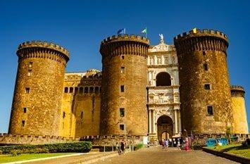 Italien Städte Neapel Castel Nuovo