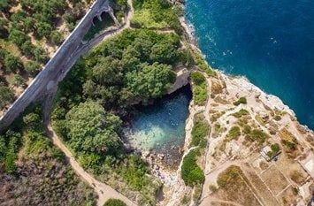 Italien Städte Sorrento natürlicher Pool