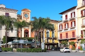 Italien Urlaub am Meer Piazzo Tasso Sorrento