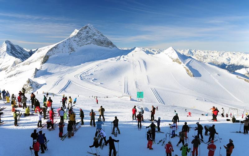 hintertuxer gletscher skifahren österreich