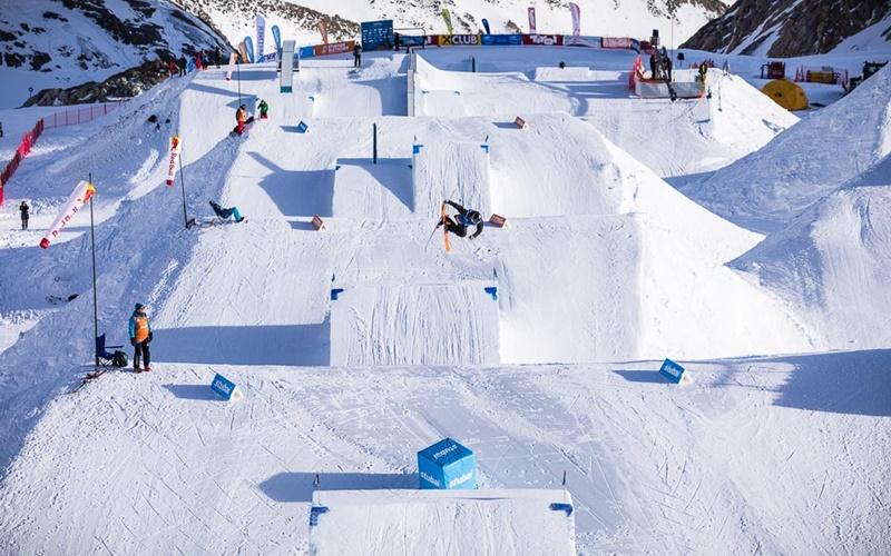 Snowboard fahren Österreich