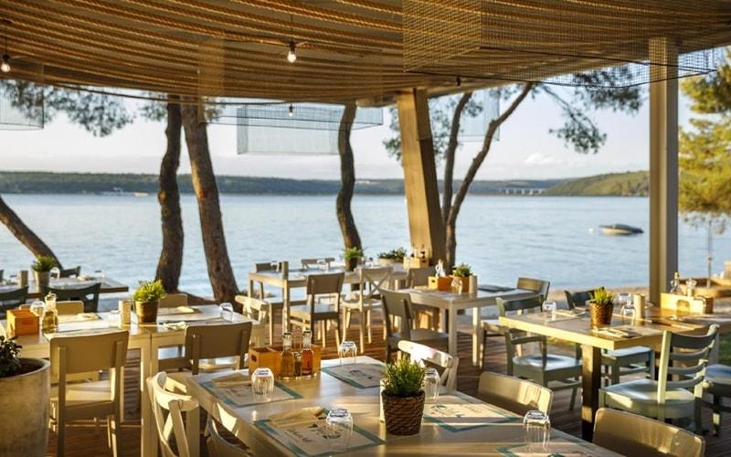 Campingplätze Kroatien Lanterna Premium Camping Porec Restaurant